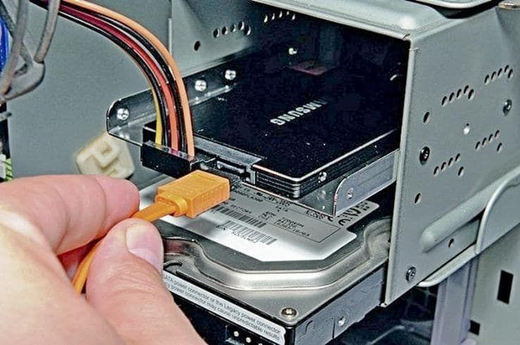 Как установить SSD диск: подключение